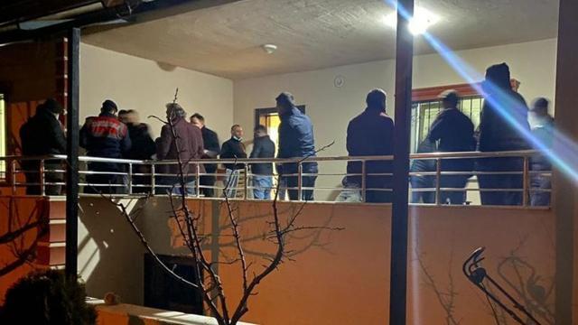 Evde kumar oynayan 17 kişiye 30 bin lira ceza