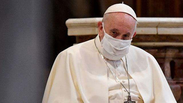 Papa Franciscus COVID-19 aşısı yaptıracağını açıkladı