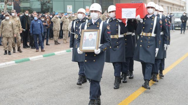 Şehit Uzman Çavuş Mehmet Çelik Malatyada son yolculuğuna uğurlandı