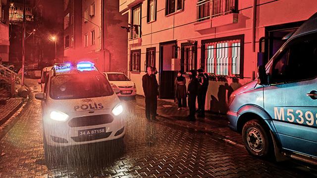İstanbulda silahlı saldırıya uğrayan taksici öldü