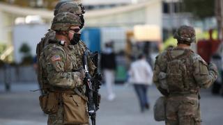 Pentagon 25 bin askeri taramadan geçiriyor