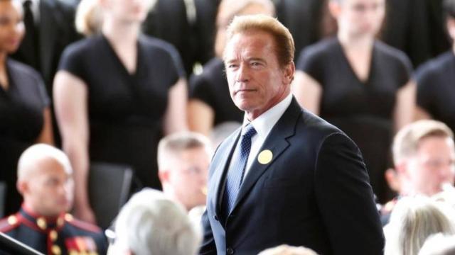 Arnold Schwarzenegger: Trump yalanlarıyla darbe peşindeydi