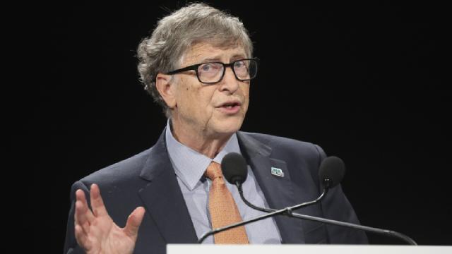 Peruda Bill Gates, Rockefeller ve Sorosa koronavirüsü üretme suçlaması