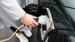 Geçen yıl 23 bini aşkın elektrikli ve hibrit otomobil satıldı