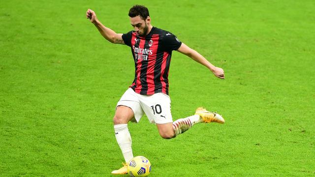 Milan Hakanın golüyle çeyrek finalde