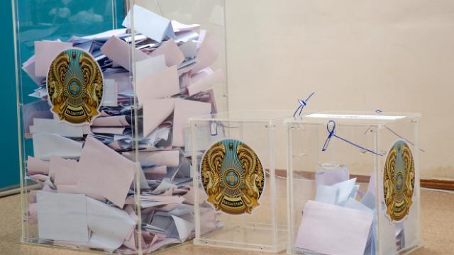 Kazakistanda seçim sona erdi: Nur-Otan Partisi önde