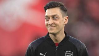 Mesut Özil'den Londra'ya veda videosu