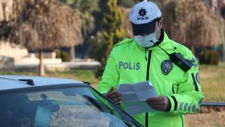 Polis ekiplerince 97, jandarma ekiplerince de 44 kişiye ceza uygulandı