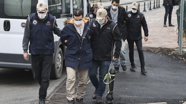 Avrupaya kaçmak isteyen FETÖcülere sahte kimlik DHKP-Cden