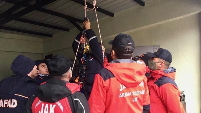 AFAD ve JAK timleri Kartalkayada eğitimde bir araya geldi