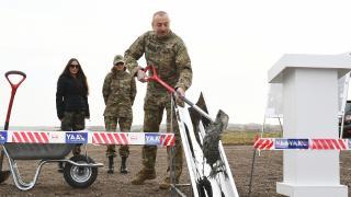 Azerbaycan Cumhurbaşkanı Aliyev, Ermenistan işgalinden kurtarılan Şuşa'yı ziyaret etti