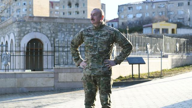 Azerbaycan Cumhurbaşkanı, Şuşaya gitti