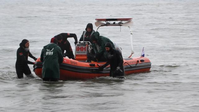 Yalovada denizde kaybolan gencin arama çalışmalarından sonuç alınamadı