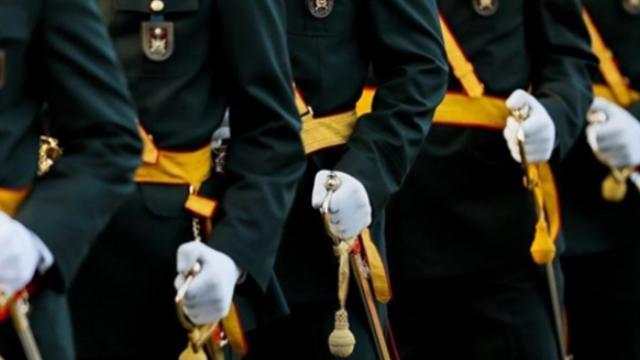 Askerlikle ilgili 44 maddelik kanun teklifi komisyonda kabul edildi