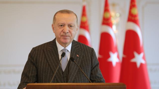 Cumhurbaşkanı Erdoğandan Regaip Kandili mesajı