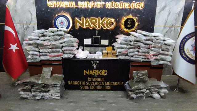 İstanbulda 108 kilo uyuşturucu ele geçirildi: 9 tutuklama