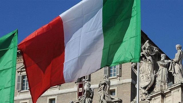 İtalya da Afganistandan askerlerini çekecek