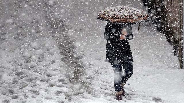 """İstanbul Valiliğinden """"kar, don ve buzlanma"""" uyarısı"""