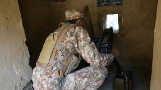 Keşmir'de çatışma: 1 Pakistan askeri öldü