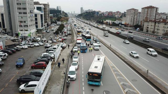 İstanbulda kış lastiği takmayan sürücülere para cezası