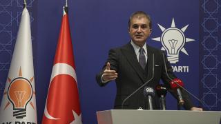 Ömer Çelik: Ege'de 3 yılda 78 binden fazla sığınmacı Türk kara sularına itildi
