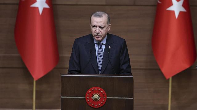 Cumhurbaşkanı Erdoğan: Sosyal medya şirketlerinin baskılarına boyun eğmeyeceğiz