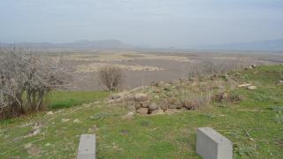 Barajda su seviyesi düştü, arkeolojik alanlar ortaya çıktı