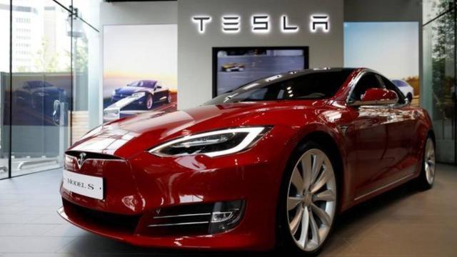 Teslaya Model S araçları için güvenlik uyarısı yapıldı