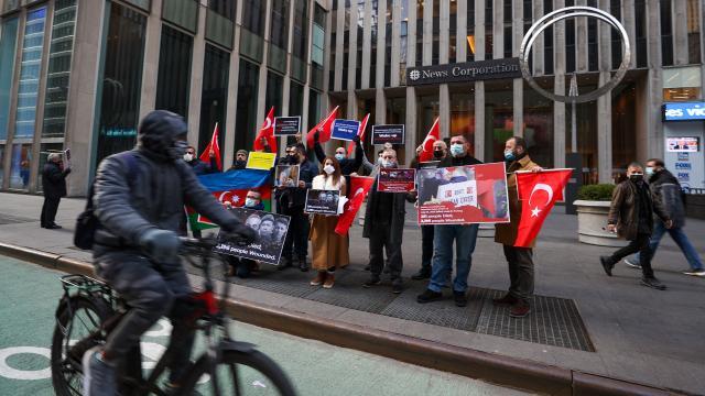 ABDde Türklerden WSJye protesto