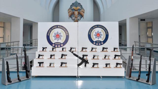 Adanadaki denetimlerde 37 silah ele geçirildi