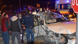Antalya'da 3 kişinin öldüğü kaza kamerada