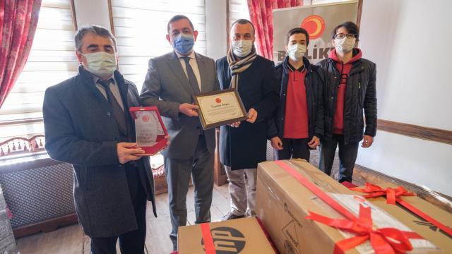 Kastamonu'da öğrenciler 1,5 ton atık pilin doğayı kirletmesini önledi