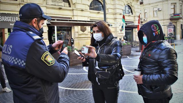 Azerbaycan'da bazı kısıtlamalar kaldırıldı, karantina 1 Nisan'a uzatıldı