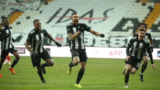 Yılın ilk derbisi Beşiktaşın