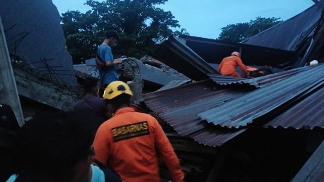 Endonezyadaki depremde ölenlerin sayısı 46'ya yükseldi