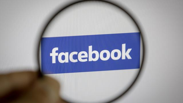 Facebook, Myanmar ordusuna ait sayfayı sildi