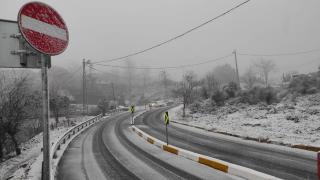 İstanbul Valisi Yerlikaya: Ekiplerimiz kar ve buzlanmaya karşı 24 saat görev başında