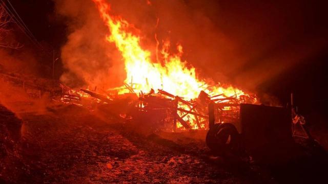 Karabükteki yangında bir ev kullanılamaz hale geldi