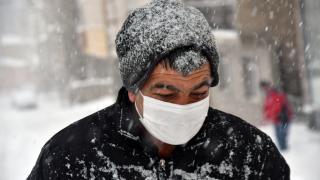 Kars'ta yoğun kar yağışı etkili oldu