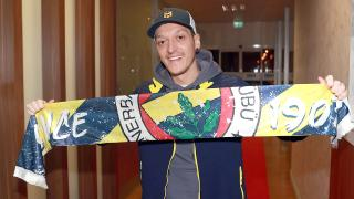 Fatih Karagümrük'ten Fenerbahçe ve Mesut Özil'i tebrik
