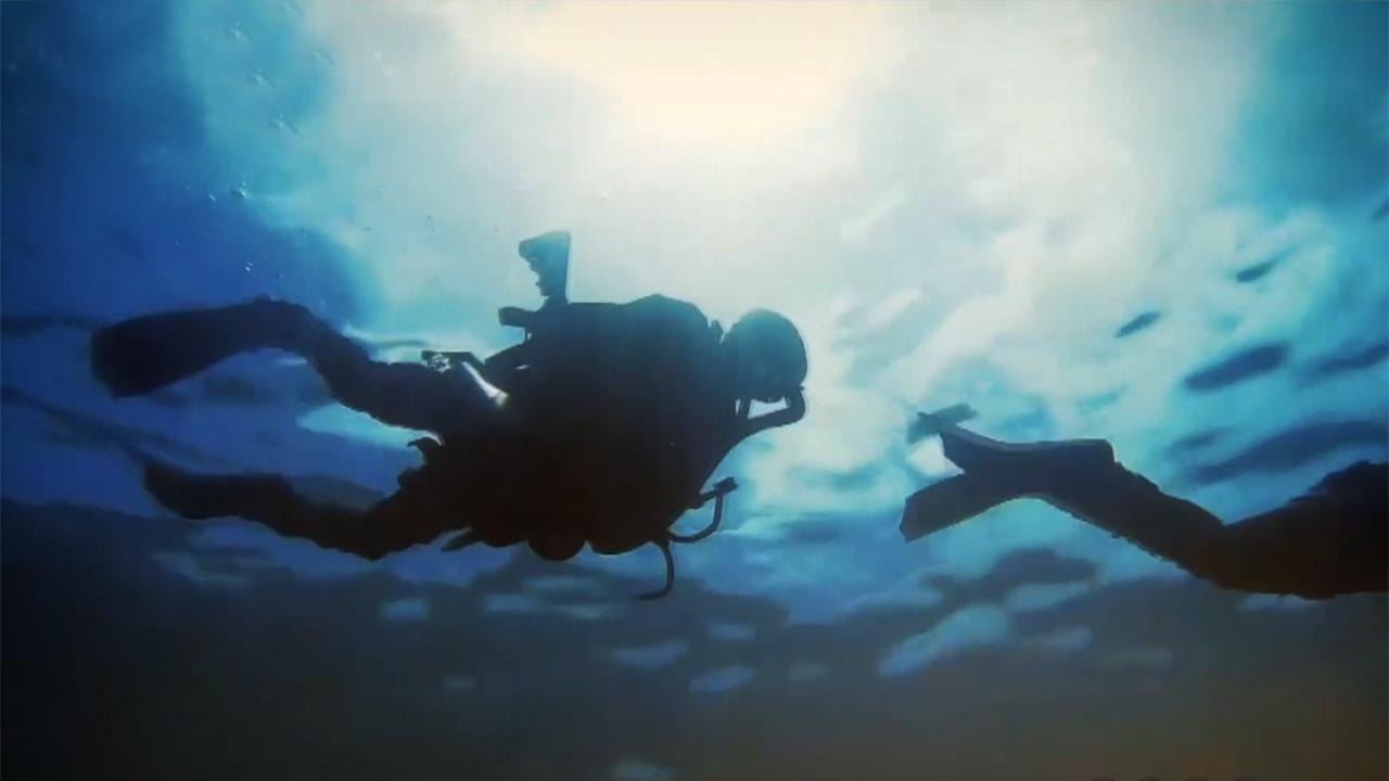 Hem su altında hem su üstünde operasyon