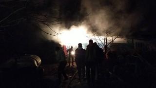 Samanlık yangını zarara yol açtı