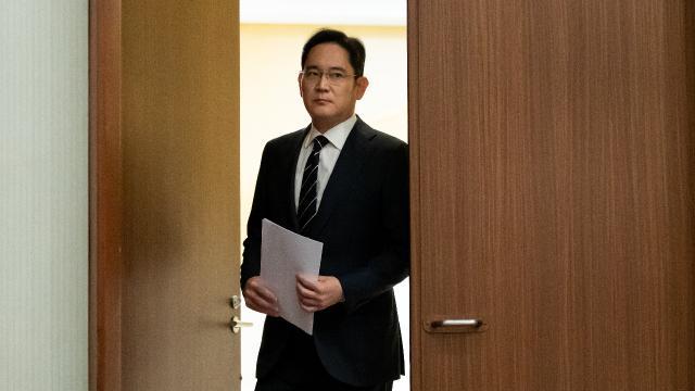 Samsung Genel Müdür Yardımcısına hapis cezası