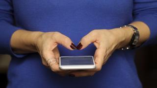 Teknolojik cihazlardan yayılan mavi ışığa dikkat