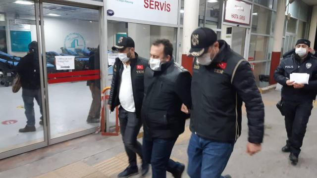 İzmir merkezli 60 ilde FETÖnün TSK yapılanmasına operasyon