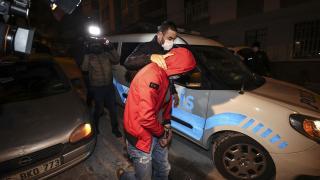 Başkentte uyuşturucu kullanılan eve baskın: 7 gözaltı