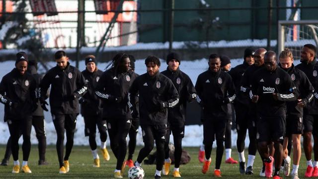Beşiktaş, Göztepeyi konuk edecek