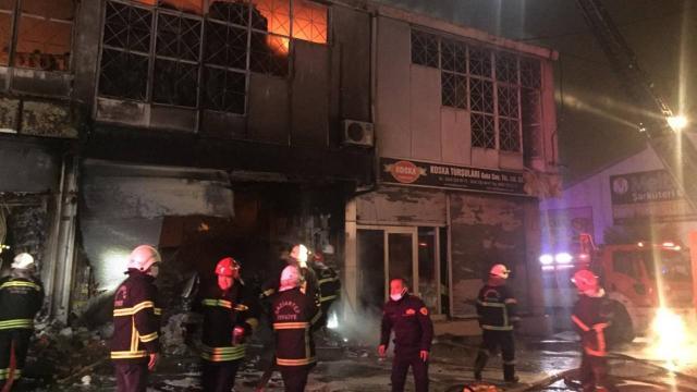 Gaziantepte bir depoda yangın çıktı