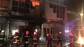 Gaziantep'te bir depoda yangın çıktı
