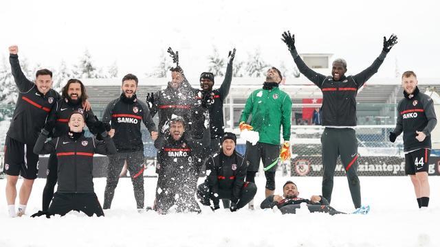 Gaziantep FKdan karlı antrenman